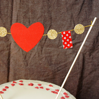 thumb_valentinstags-cake-topper