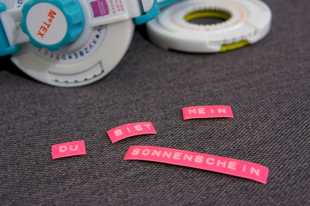 DiY Neon Magnet Labels