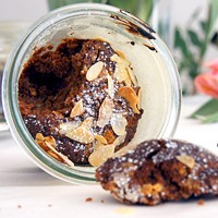 Marzipan-Mandelküchlein im Glas