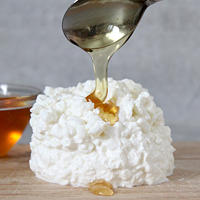 Perfect Pairings #1: Cottage Cheese & Honig