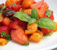 Perfect Pairings: Tomaten & Erdbeeren