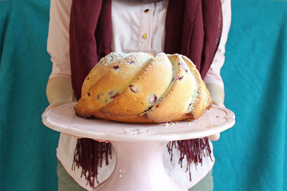 Cranberry & Buttermilch Gugelhupf / Cranberry Buttermilk Bundt Cake | Orangenmond