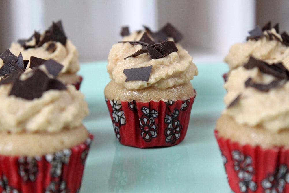Mini Cider Cupcakes with Speculoos Cream / Mini Cider Cupcakes mit Spekulatius Sahne   orangenmond.at