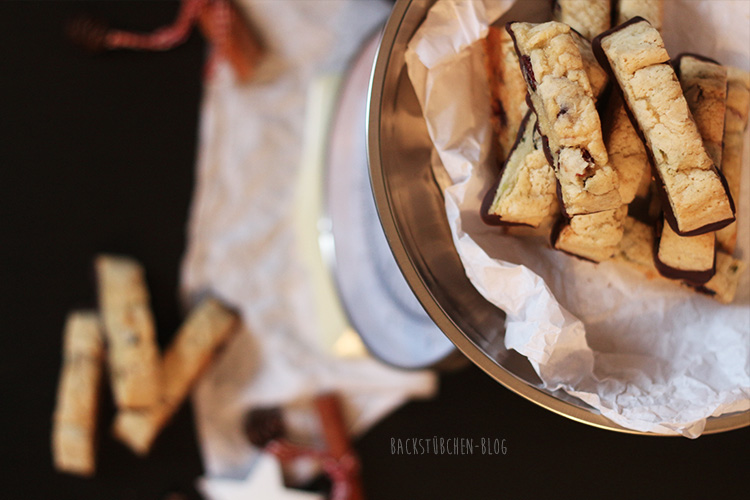 24 Days of Cookies - Day 12: Lebkuchen Cantuccini