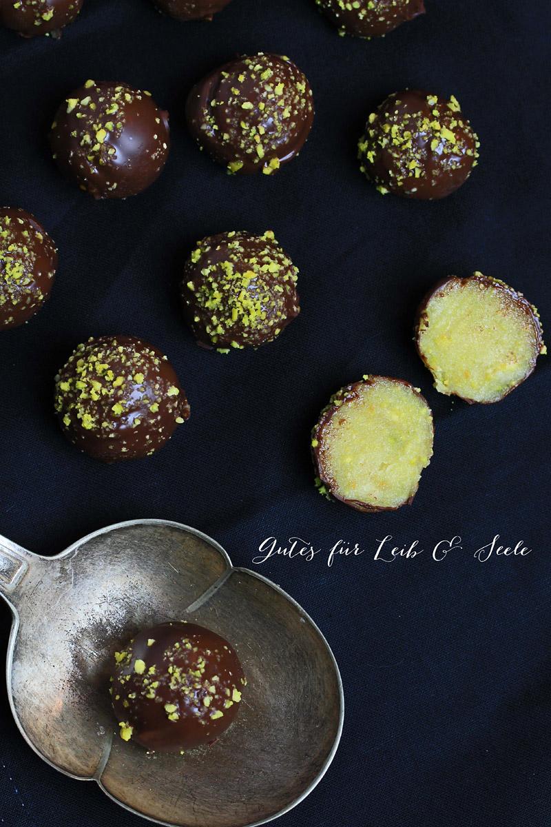 24 Days of Cookies - Day 20: Orangen-Marzipan-Konfekt