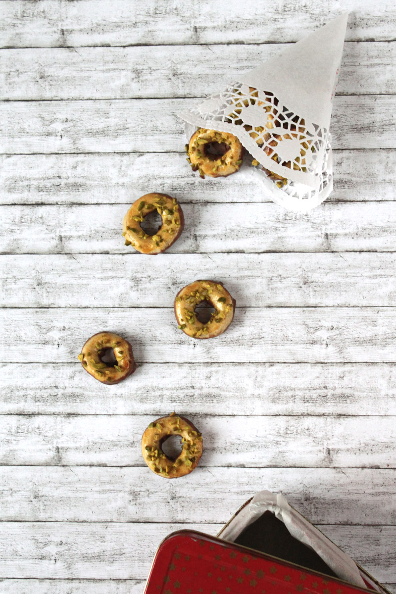 24 Days of Cookies - Day 14: Marzipanringerl