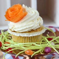 Karotten Cupcakes mit Zitronen-Mascarpone-Topping / Carrot Cupcakes with Lemon-Mascarpone-Topping | orangenmond.at