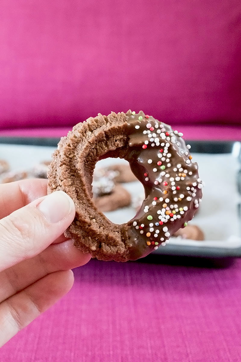 Schokolade Kringel Spritzgebäck *** Chocolate Spritz Cookies | orangenmond.at