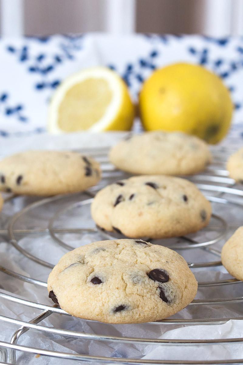 Lemon Chocoloate Chip Cookies   orangenmond.at