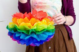 DiY Regenbogen Pompom aus Seidenpapier Bastelanleitung