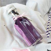Selbstgemachter Lavendelsirup mit Traubenzucker - fructosefrei
